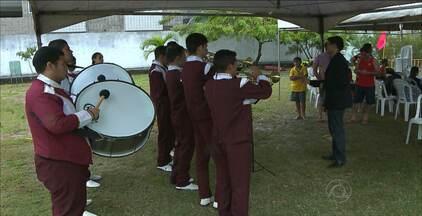 Vizinhos se reúnem para celebrar o dia 7 de Setembro, em condomínio de João Pessoa - Os moradores comemoraram a data com música, competição esportiva e diversão.