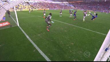Cruzeiro fica no empate contra o Fluminense no Maracanã - Time mineiro vencia até os 43 minutos do segundo tempo