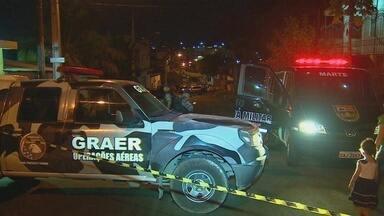Granada é encontrada por moradores em rua na Zona Sul de Manaus - Artefato explosivo foi achado na rua Penetração 3, bairro Japiim. Grupamento Marte desativou granada durante operação de mais de 2h.
