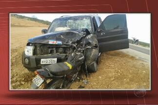 Motociclista morre após colisão com caminhonete no norte do estado - Acidente foi na BA-210, região de Rodelas.
