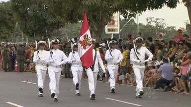 Desfile do Dia da Independência é realizado na Ponta Negra, em Manaus - Esta é a primeira vez que o tradicional desfile acontece no local.Evento faz parte da programação da Semana da Pátria em Manaus.