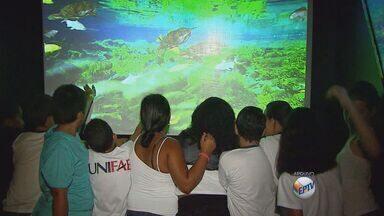 'Carreta Aqua Mundo' leva conhecimento sobre meio ambiente a Descalvado - 'Carreta Aqua Mundo' leva conhecimento sobre meio ambiente a Descalvado.