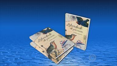 Jardim da Academia Brasileira de Letras recebe lançamento de 23 livros - Feira Literária Internacional de Ipojuca vai até o domingo com palestras e shows.