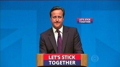 Primeiro-ministro britânico faz apelo contra a separação da Escócia do Reino Unido - Plebiscito decide se a Escócia vai ou não se separar do Reino Unido. David Cameron citou várias mudanças negativas que podem ocorrer.