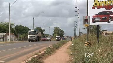 Sistema de fiscalização eletrônica entrou em operação na BR-010 - O sistema de fiscalização eletrônica com radares e fotossensores instalados há mais de um ano ao longo de dez quilômetros da rodovia BR-010 entrou em operação em dois pontos, em Imperatriz.