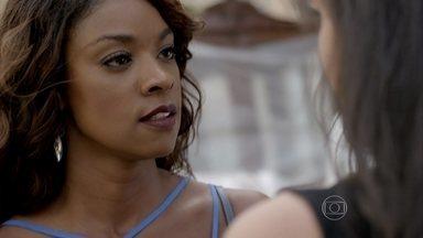 Juju enfrenta Carmem - Ex-mulher de Orville fica furiosa quando advogada avisa que tirou suas coisas de sua antiga casa
