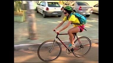 Empresa de Goiânia investe em serviços de entrega com bicicleta - O negócio une qualidade de vida, sustentabilidade, economia e ainda foge dos engarrafamentos das grandes cidades.