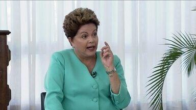 Bom Dia Brasil entrevista Dilma Rousseff - Segundo bloco - A candidata do PT à Presidência da República foi entrevistada por Chico Pinheiro, Ana Paula Araújo e Miriam Leitão. A entrevista é parte de uma série com os principais presidenciáveis.