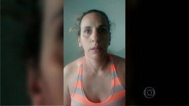 """Mulher apontada como chefe de uma quadrilha internacional de drogas é presa no RJ - Patrícia Fernandes Pereira Campos, também conhecida como """"Tati"""" ou """"Morena do pó"""", foi presa por policiais da delegacia do Complexo do Alemão, em Araruama. Segundo as investigações, ela fornecia drogas e armas para comunidades do Rio."""