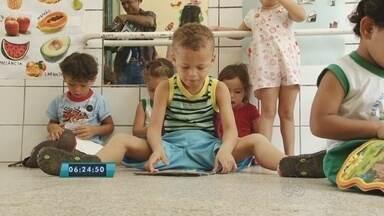 Projeto de incentivo á leitura é desenvolvido em creche de Ariquemes - As crianças tem dois e três anos de idade.