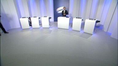 Candidatos ao GDF participam de debate - Cinco candidatos vão participar do debate. Rodrigo Rollemberg, Agnelo Queiroz, Jofran Frejat, Luiz Pitiman e Toninho do PSOL.