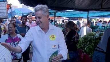 Rollemberg faz campanha em Taguatinga - O candidato do PSB visitou a Feira da Vila Mathias, em Taguatinga Sul. Depois, ele fez caminhada pela Comercial Norte e na Hélio Prates.