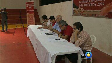 JPB2JP: Bancários, em greve, fazem assembleia em João Pessoa - Movimento grevista pode acabar.