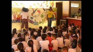Projeto Ciranda de Artes é realizado em escola no bairro Jaderlândia - Iniciativa é da Secretaria Municipal de Educação.