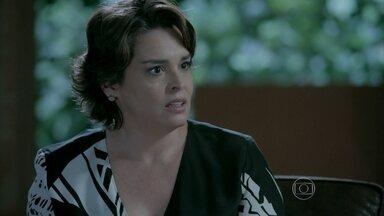 Beatriz repreende Enrico por implicância com Cláudio - Cerimonialista agurada notícias da conversa da esposa com o filho