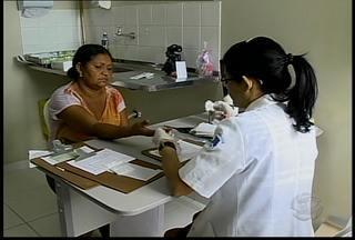 Moradores do Bairro Henrique Leite tiveram uma manhã dedicada à prevenção de doenças - Foi realizado um mutirão de saúde que faz parte da Campanha Outubro Rosa.