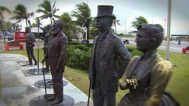 Historiador destaca importância de estátuas e bustos sergipanos - Estátuas e bustos espalhados pelo estado significam eternizar personagens que fazem parte da cultura. Segundo historiador, elas representam a imagem de pessoas que lutaram e construíram o estado.
