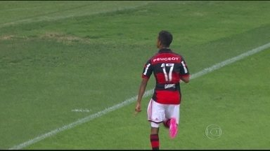 Com time diferente do 1º turno, Flamengo enfrenta o Atlético-PR pelo Brasileirão - Gabriel é aposta do Rubro-Negro para sequência da temporada.