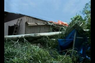 Defesa Civil auxilia população atingida pela chuva em Tupanciretã, RS - Prefeitura deve decretar situação de emergência.