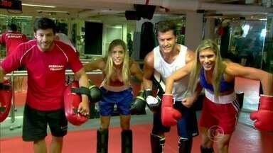 Gêmeas Bia e Branca treinam kickboxing com Klebber Toledo - Novas apresentadoras do Vídeo Show fazem sua estreia no programa