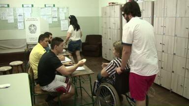 Eleições no Noroeste foram tranquilas no domingo - Em Guairaçá, dois mesários tiveram que ir ao fórum justificar a ausência. E em Cruzeiro do Oeste quatro foram presos porque desrespeitaram a lei seca.