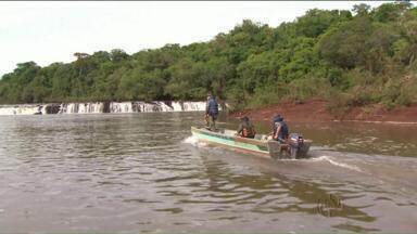 Pesca fica proibida nos próximos 4 meses por causa da piracema - A Polícia Ambiental já começou a fiscalizar os rios.