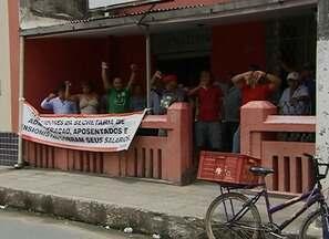 Contas da Prefeitura de Palmares são bloqueadas por não pagar servidores - Aposentados, pensionistas e alguns ativos estão sem receber há dois meses.