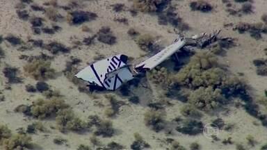 Nave de turismo espacial sofre acidente em voo teste nos EUA - Trata-se do primeiro projeto comercial de levar passageiros ao espaço. No acidente, o copiloto da nave morreu e o piloto ficou ferido gravemente.