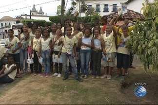 Flica atrai milhares de visitantes a Cachoeira, no Recôncavo Baiano - Está é a quarta edição da Festa Literária Internacional de Cachoeira.