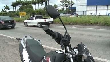 Grávida fica ferida em acidente no Recife - Colisão ocorreu na BR-101, na Macaxeira.