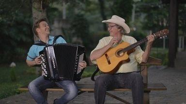 Michel Teló canta com Sérgio Reis - Michel Teló canta com Sérgio Reis.