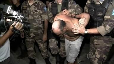 Polícia prende acusado de matar cinco pessoais no Piauí - As imagens foram feitas por moradores de São Miguel do Tapuio. Depois de oito dias de buscas, Clewilson Vieira Matias, de 35 anos, foi preso dentro da área rural do município. Ele é acusado de matar cinco pessoas, entre elas, a própria mulher.