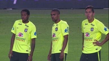 Com muitas novidades, Seleção se prepara para pegar a Turquia - Só com jogadores que atuam fora do Brasil, equipe de Dunga entre em campo nesta quarta-feira