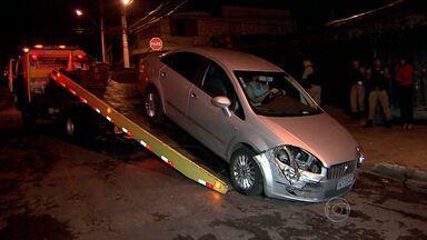 Homem suspeito de tentar roubar carro é baleado por policiais militares - O crime aconteceu no bairro Caiçara, na Região Noroeste de Belo Horizonte, na noite desta segunda-feira (11). O homem teria surpreendido por policiais quando tentava levar o veículo.