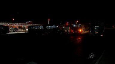 Passageiros reclamam de insegurança dentro e fora dos terminais de ônibus - Polícia promete reforçar a segurança.