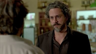 José Alfredo pede ajuda para Espinoza - Josué acompanha o encontro do patrão