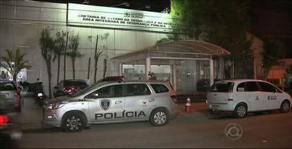 Duas mulheres foram vítimas de assalto ontem, no Centro de João Pessoa - A Polícia conseguiu localizar apenas dois dos três acusados de cometer o crime.