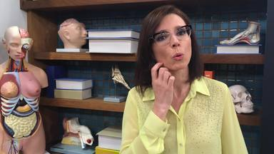 Exclusivo na web: Dra. Márcia explica relação da acne com ovários policísticos - Mulher pode ter espinhas por essa causa e o tratamento é feito com anticoncepcional, afirma a dermatologista.
