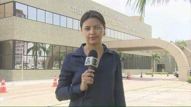 Justiça condena Adail Pinheiro a mais de 11 anos de prisão, no AM - Decisão cabe recurso; Adail está preso em Manaus desde fevereiro.