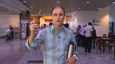 Brito leve o 'Chimarrão' até o Aeroporto Salgado Filho - Assista ao vídeo.