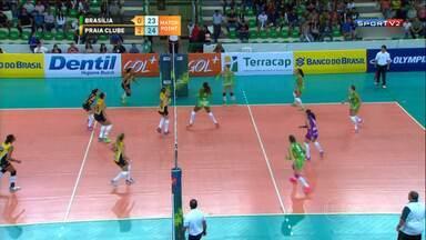 Superliga Feminina: Praia Clube vence o Brasília por 3 sets a 0 e é o líder - Minas Tênis Clube se prepara, ainda sem a Jaque, para enfrentar o Rio de Janeiro