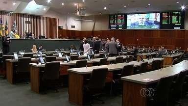 Votação da reforma administrativa no governo é adiada, em Goiânia - Projeto pretende economizar R$ 300 milhões ao ano com redução de secretarias e demissões de comissionados.