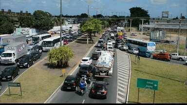 JPB2JP: Batida envolvendo dois carros e uma moto deixa 2 feridos - Acidente no bairro do Cristo na Capital.
