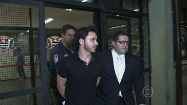 Fiscal da Aneel é preso após acusação de cobrar dinheiro de um empresário - Um fiscal da Aneel (Agência Nacional de Energia Elétrica) foi preso em São Paulo. Segundo a polícia, ele queria dinheiro de um empresário.