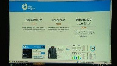 """Sistema para mapear compras online de produtos piratas deve ser lançado no Brasil - O """"piratômetro"""", um site para receber denúncias de produtos piratas na internet, entra no ar nesta terça-feira (2). Ele deve servir de base para operações da Receita Federal e da Polícia Federal."""