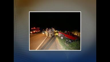 Uma pessoa morre e três ficam feridas em acidente de trânsito em Santa Maria, RS - O condutor da caminhonete que provocou o acidente está preso.