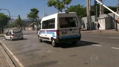 Começa nova etapa da reorganização do transporte alternativo - Acontece mais uma etapa do ordenamento das vans pelo Rio de Janeiro. Pedidos e mudanças e itinerários estão sendo analisados pela Secretaria de Transporte.