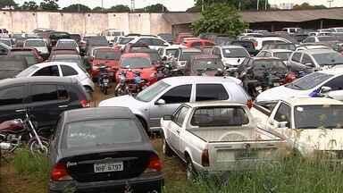 Cresce número de carros roubados em Goiânia - Neste ano, quase 5 mil veículos já foram furtados ou roubados, 11% a mais que no ano passado.