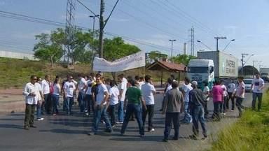 Servidores da Suframa paralisam atividades em Manaus - Funcionários querem mobilizar políticos do Norte em prol de reivindicações. Trabalhadores cobram melhores nas condições de trabalho.