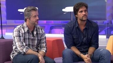 Victor e Léo falam sobre a parceria de 23 anos e o lançamento do novo cd - Dupla conta como foi fazer o novo trabalho e brinca sobre parceira entre irmãos.